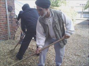 Sikh temple volunteers