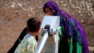 Water pump in Mukhtar camp