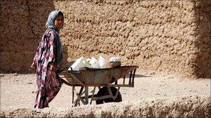 Girl in Mukhtar camp