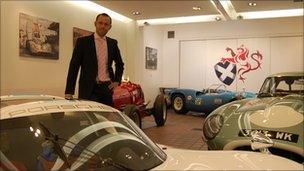 Max Girardo in Fisken's garage