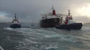 Oil tanker Ocean Lady and tractor tugs