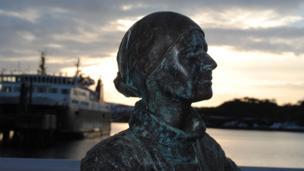 Herring girl statue, Stornoway