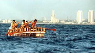 Cuban rafters leave Havana's coast