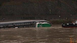 The capsized barge on the Rhine