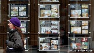 Walking past an estate agent's window