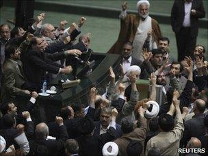 Members of Iran's parliament call for Mir Hossein Mousavi and Mehdi Karroubi to be executed (15 February 2011)