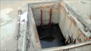 Concrete poured into the leaking containment pit at Fukushima Daiichi reactor 2 (photo provided by Tepco)
