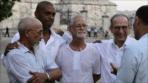 Cuban dissidents before a meeting with former US President Jimmy Carter (30 March 2011)