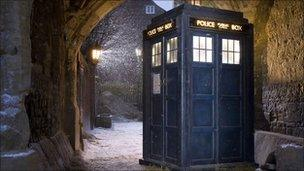 Dr Who's Tardis from a Christmas special 2008