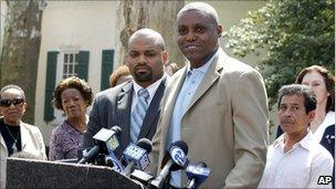 Carl Lewis announcing his candidacy for a New Jersey Senate seat