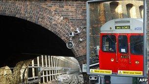 Circle Line train