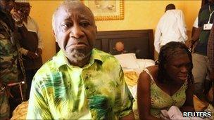 Laurent Gbagbo and his wife, Simone, at the Golf Hotel in Abidjan (11 April 2011)