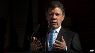 Juan Manuel Santos in Madrid on 12 April 2011