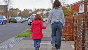 Parents 'responsible for children's bad behaviour' - BBC News