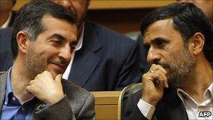 Mahmoud Ahmadinejad and his chief of staff Esfandiar Rahim Mashaei - 2009