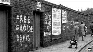 Free George Davis graffiti