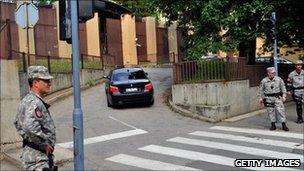 Car reportedly driving away General Ratko Mladic