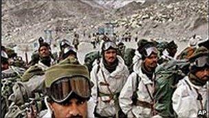 Indian troops in Siachen