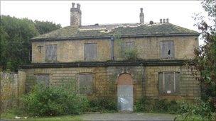 Bramham House