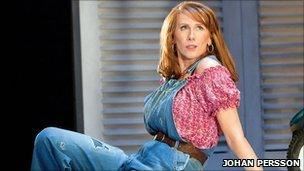 Catherine Tate as Beatrice in Much Ado About Nothing