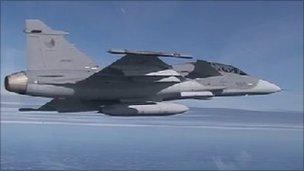 Saab fighter jet guns for orders - BBC News
