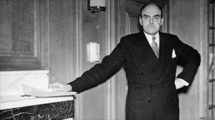 Lord Reith at BBC Broadcasting House, 1940