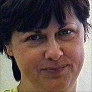 Heather Barnett murder: 'Face-to-face with mum's killer' - BBC News