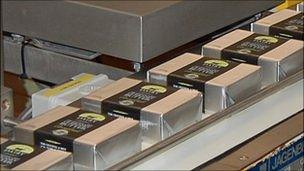 Guernsey butter shortage 'due to exports' - BBC News