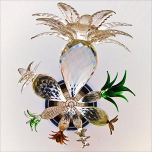 Glass pineapples