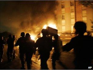French riot police in Paris, November 2005