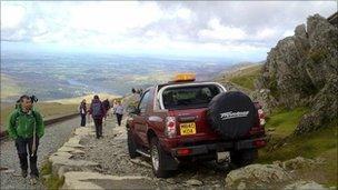 Car near the summit of Snowdon (pic: Rhian Jones)
