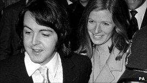 Paul McCartney leaving Marylebone Registry Office after marrying Linda Eastman