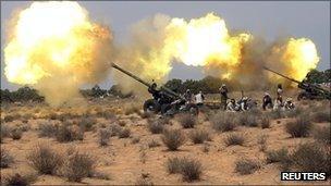 Anti-Gaddafi fighters near Sirte, 20 Sept