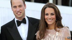 Girls equal in british throne succession bbc news the duke and duchess of cambridge publicscrutiny Choice Image