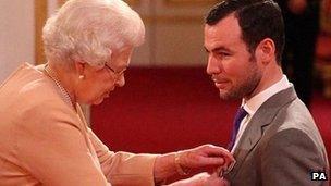 Mark Cavendish receives MBE