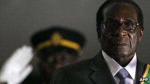 Zimbabwean President Robert Mugabe is sworn in for a sixth term in office in Harare on 29 June 2008 (file image)