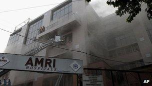 Fire at a hospital in Calcutta on 9 December 2011