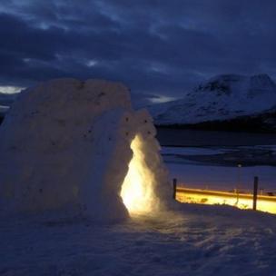 Snow house at Loch Torridon