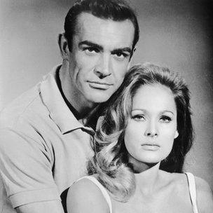 Sean Connery, Ursula Andress