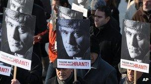 March by supporters of Hrant Dink. 17 Jan 2012