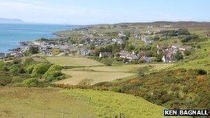 An Strath, Geàrrloch - Dealbh le Ken Bagnall/ Geograph