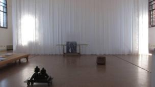 Gwaith Darius Mikšys o Lithiwania Gwobr Artes Mundi 5 (2012)