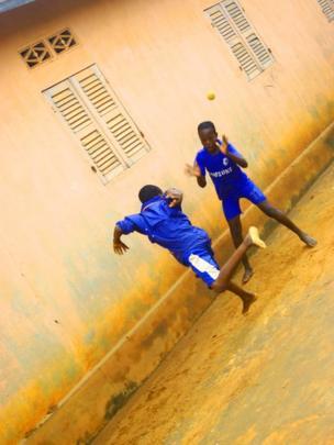 Children in Zowla village