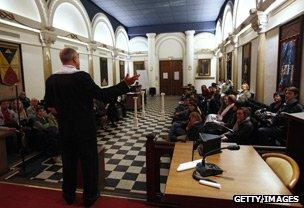 Would you want to be a Freemason? - BBC News