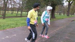 Fauja Singh and Harmander Singh in training