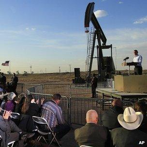 President Obama addressing crown near oil well