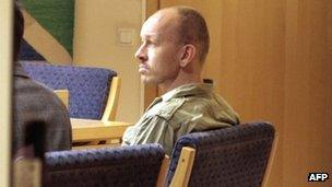 Peter Mangs in court, 7 May