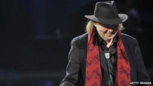 Neil Young claims God Save the Queen as American folk song