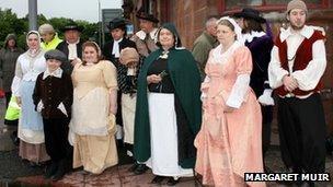 Paisley people in seventeenth century costumes