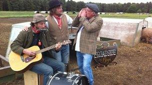 The Broadside Boys at Dingley Dell Pork farm